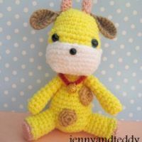 Here you can found my beginner crochet tutorials and free easy patterns for amigurumi, simple crochet baby hat, easy applique and crochet tips . You can sell what you made from my patterns or tutor...