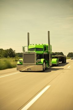 slammed semi trucks | Hollerdumped Semi Truck Peterbilt Slammed