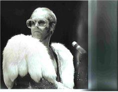 Elton John in concert 1974