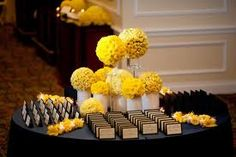 Escort Cards Table : Floral Arrangements and Decor via Belle The Magazine Wedding Arrangements, Table Arrangements, Floral Arrangements, Reception Decorations, Table Decorations, Reception Ideas, Sophisticated Bride, Table Cards, Menu Cards