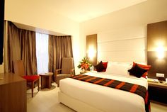 Enjoy wonderful, modern design and comfortable Suite rooms at orbett hotel in deccan pune. Orbett Hotel is one of the best Hotels in Pune providing best services & facilities. The rooms are furnished with a classic ambience, featuring rich wood paneling creating an inviting ambience for you.