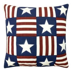 Memorial Day Decorations, Patriotic Decorations, American Heritage Girls, Patriotic Quilts, Patriotic Crafts, Quilt Of Valor, American Quilt, Table Runner Pattern, Country Crafts