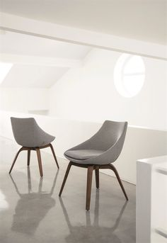 PENELOPE - Design by M. Marconato & T. Zappa    #poradauk #penelope #chair #furnituredesign #home #furniture #interiors #interiordesign #canaletta #walnutwood #woodenfurniture #contemporary #madeinitaly