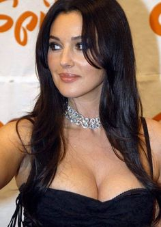 The famous aren't immune to getting older. Italian actress and model Monica Bellucci is 53 years old, but millions of men from all over the world still dream about her. Check 35 pics of how Monica Bellucci had changed over the year. Malena Monica Bellucci, Monica Bellucci Photo, Most Beautiful Women, Simply Beautiful, Gq Men, Italian Actress, Italian Beauty, Alessandra Ambrosio, Christina Hendricks