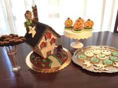Scooby  doo and Shaggy House of Cookies  Halloween
