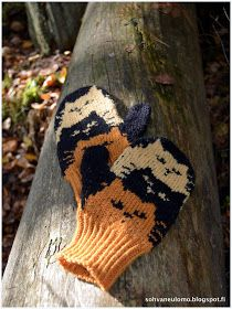 Knitted Mittens Pattern, Knitted Cat, Crochet Mittens, Crochet Gloves, Knitted Dolls, Crochet Yarn, Knitting Charts, Knitting Socks, Hand Knitting