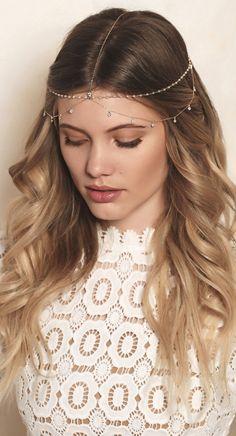 fantasias cabelo curto Bridal Bohemian Pearl And Crystal Dangle Headpiece Chain Headpiece, Headpiece Jewelry, Head Jewelry, Bohemian Headpiece, Jewellery, Diy Jewelry, Hair Chains, Hair Vine, Bridal Hair Accessories