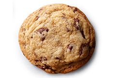 Chef and Food Network personality Alton Brown shares his recipe for deliciously ooey-gooey chocolate chip cookies. Gooey Chocolate Chip Cookies, Chocolate Chip Recipes, Chocolate Desserts, Gooey Cookies, Chocolate Pudding, Chocolate Cupcakes, Yummy Cookies, Cake Cookies, Delicious Chocolate
