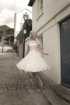 Wait wait!  Another dream dress...perhaps I spoke too soon...