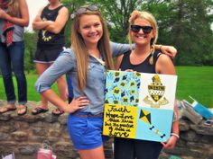 cute craft ~ I painted this canvas for my big at senior send-off :)  submitted by:haleyerinmason