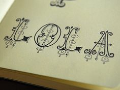 Abstract Lettering in Written Typography / Design Tickle Calligraphy Letters, Typography Letters, Graphic Design Typography, Lettering Design, Typo Design, Fancy Letters, Letters And Numbers, Creative Lettering, Decorative Lettering