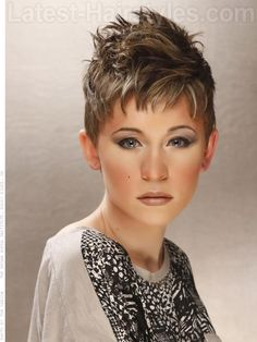 Short Hairstyles for 2012 - Pictures, Trends & Styling | Latest-Hairstyles.com