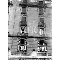 1936 EL HOTEL MARÍA CRISTINA, DE SAN SEBASTIÁN, CON NUMEROSOS IMPACTOS DE BALA POR PARTE DE LOS REPUBLICANOS, DESPUÉS DE LA LUCHA CONTRA EL EJÉRCITO NACIONAL, QUE EN ÉL SE REFUGIABA.: Descarga y compra fotografías históricas en | abcfoto.abc.es
