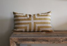 metallic gold + natural linen