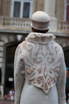 Felted coat from Hungary Textile Fiber Art, Fibre Art, Shibori, Nuno Felting, Winter Coats Women, Handmade Felt, Felt Art, Suit Fashion, Felt Crafts