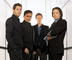 Google Image Result for http://www.underwalls.com/wallpapers/Il_Divo_Ancora_3302.jpg