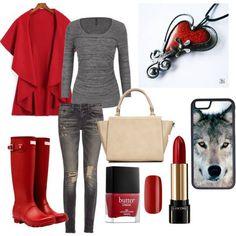 Už máte pripravený halloweensky kostým? Prinášame vám inšpiráciu na tému Karkulka, ktorú si môžete obliekať aj v bežný deň. S príveskom: http://www.sperkysan.sk/Cervene-srdiecko-1  Red ridding hood costume with handmade tinned heart pendant.