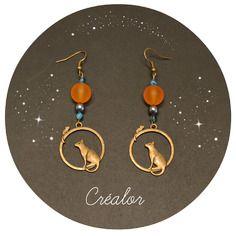 Boucles d'oreilles le chat et la souris couleur bronze et perle acrylique orange et perles de verre bleues