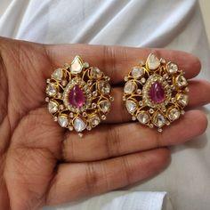 Jewelry Design Earrings, Gold Earrings Designs, Beaded Jewelry, Indian Wedding Jewelry, India Jewelry, Jewelry Patterns, Antique Jewelry, Jewelery, Fashion Jewelry