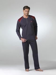 Pierre Cardin Uzun Kollu Erkek pijama takımları http://www.toperlersatis.com/tr/pierre-cardin-5361-penye-pijama-takimi--u