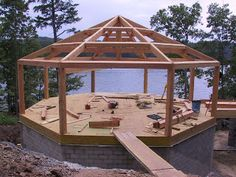 Timber frame raising for Virginia octagonal house