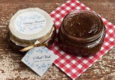 Brown Sugar Body Scrub #recipe #diy #homemade #gift #labels