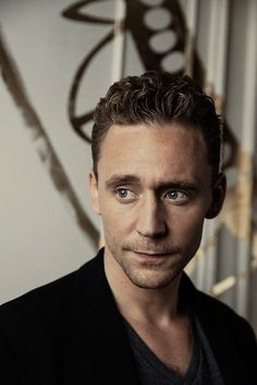 Tom Hiddleston. (Edit by jennphoenix: http://jennphoenix.tumblr.com/post/162213952015/processed-with-photoshop-cc-photos-are-not )