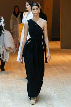 Céline Fall 2017 Ready-to-Wear Collection Photos - Vogue - Mica Arganaraz