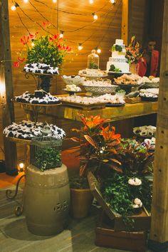 Mesa de doces Boho Chic - decor por Doce Trato Eventos. Foto: Alem de Dois