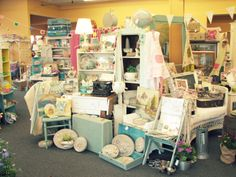Shabby Chic Vendor Booth | Share