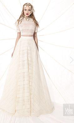 Two piece simplistic elegance