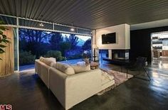 Zac Efron Lists His 1947 'Case Study House' for $2.849M | Curbed National