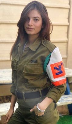 Beautiful female army soldiers the army is a great career choice for women. Stunning Army Women With & Without Uniform Looking Hot Female Army. Israeli Female Soldiers, Female Army Soldier, Female Cop, Idf Women, Military Women, Hot Brazilian Women, Israeli Girls, Swedish Women, Military Girl