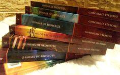 """Am vorbit cu Gheorghe Vîrtosu, autorul care a scris cărți de copii din închisoare: """"Scrisul îmi oferă oaza de liniște atât de râvnită de noi toți"""" Cover, Books, Libros, Book, Book Illustrations, Libri"""