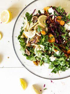 Rotkohl-Salat mit Feigen und Schafskäse
