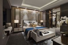 Dark frame bed and muted colours Modern Bedroom, Bedroom Inspirations, Home Bedroom, Bedroom Interior, Hotel Room Design, Bedroom Design, Luxurious Bedrooms, Bedroom Decor, Interior Design