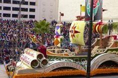 2013 Founder's Award for Most Beautiful Float Built & Decorated By Volunteers From  A Community or Organization