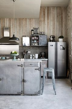 Home Shabby Home: Industrial style with romantic touches