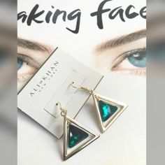 NWT ALI KHAN New York Earrings NEw with tag ALI KHAN New York Earrings. Emerald color piece in the middle free floats in the center of a gold tone triangle. Pretty. See pic for dimensions. $18 Ali khan Jewelry Earrings
