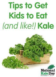 Tips & recipes to get kids to eat (and like!) kale! #NationalKaleDay @produceforkids