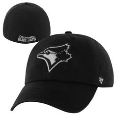 Toronto Blue Jays Blackout Franchise Fitted Hat – Black