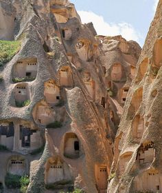 Vernacular Architecture, Ancient Architecture, Amazing Architecture, Places To Travel, Places To See, Places Around The World, Around The Worlds, Les Continents, Unusual Homes