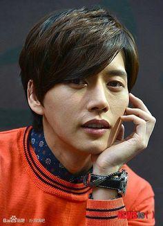 Park Hae-jin (박해진) - Picture @ HanCinema :: The Korean Movie and Drama Database Yoo Seung Ho, Lee Seung Gi, Hot Korean Guys, Korean Men, Asian Actors, Korean Actors, Blood Korean Drama, Park Hye Jin, Sexy Asian Men