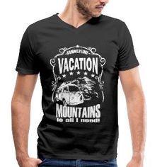 Luigi-Shop Urlaub Berge Natur Sommer Camping Sommerzeit ist Urlaubszeit. Berge und Natur, mehr brauche ich nicht für einen perfekten Urlaub im Sommer. Tolles Design für den Start mit dem Camper in den Urlaub oder zum Camping. Pullover Hoodie, Luigi, Camper, Shops, Vacation, Mens Tops, Shopping, Fashion, Summer Time