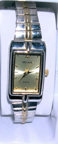 DECADE Creamy Dial , Two Tone Band&Case LADIES WATCH,  New Battery  Keeps Good Time