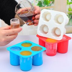 4 Cup Shape Silicone Shooter Ice Cube Glass Mold Maker Summer Cool Accessorier Ive Mould