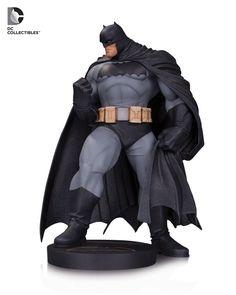 (Монгол бөх байж болох юм...)EXCLUSIVE: DC Collectibles Brings Frank Miller's Dark Knight to Life in 2016 | DC Comics