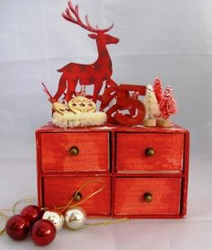 Christmas Countdown Sizzix Candy Drawer Chest by Tracy Evans