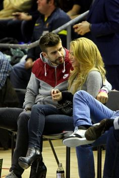 Shakira's Basketball Style - Celebrity Style - StyleBistro