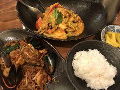 이색 음식이 먹고 싶을 때~!!  몸은 서울에 있지만 태국으로 뿅! 데려다 주는 태국식당에 다녀왔어요ㅎㅎ    태국음식은 달고, 짜고, 맵고... 한국인의 입맛에도 이질감없이 잘 맞다고 하죠??  그 중에서도 한국인이 가장 좋아한: THAILAND FOODS